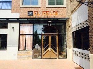 The entrance of the El Felix. (Photo by Pablina Lopez)